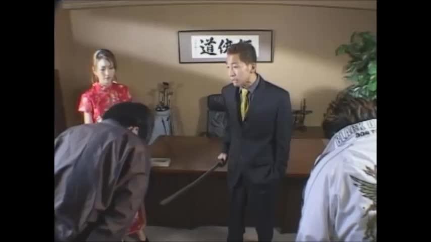 【松島かえで】ちょっと前のモデル級スレンダー美女がコスプレ七変化で見せつける